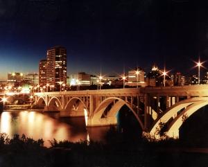Image source: http://upload.wikimedia.org/wikipedia/commons/6/60/Saskatoon_Skyline_Night.jpg